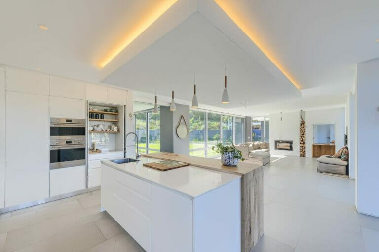Modern kitchen, light